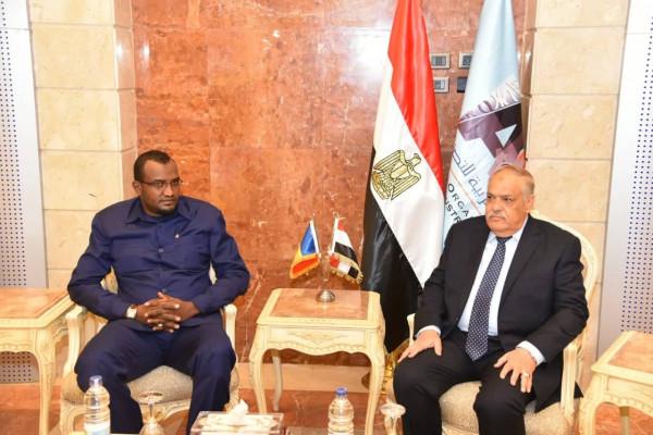 الهيئة العربية للتصنيع تستقبل وزيرالدفاع والأمن  بجمهورية تشاد
