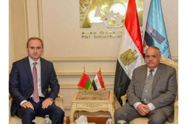 الهيئة العربية للتصنيع تستقبل سفير بيلاروسيا
