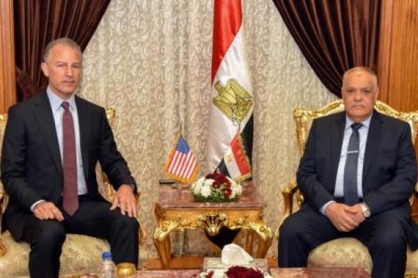 الهيئة العربية للتصنيع تستقبل السفير الأمريكي