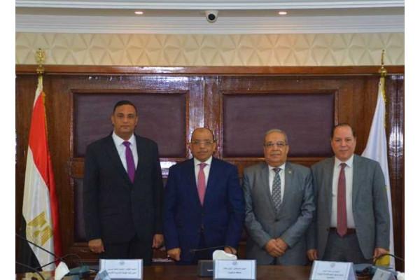 اتفاق بين «الدقهلية» و«العربية للتصنيع» لتطوير وتأهيل موقع تدوير المخلفات بسندوب