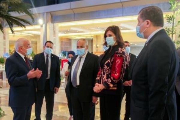 بالتعاون بين العربية للتصنيع والهجرة مصر تستطيع بالصناعة وتحقيق الاستفادة من خبراءنا بالخارج