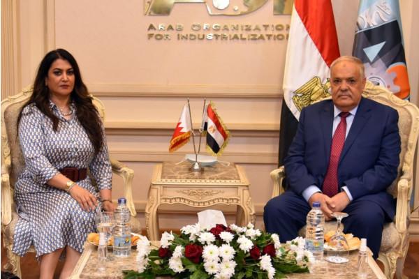 وفد إتحاد المستثمرات العرب يشيد بالقاعدة الصناعية المتطورة بالهيئة العربية للتصنيع