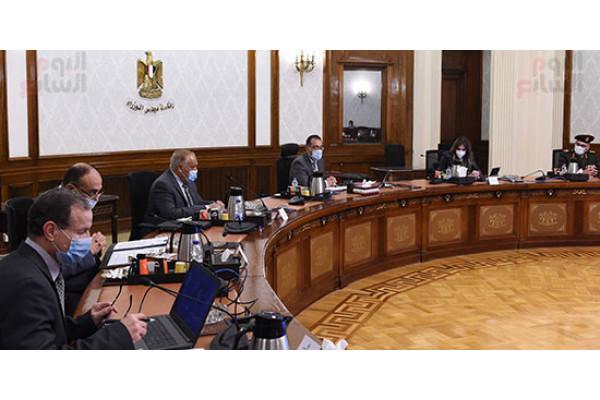 رئيس الوزراء يتابع خطة توطين صناعة احتياجات مصر بالمشروعات القومية