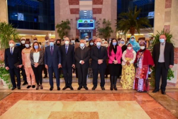 العربية للتصنيع تستقبل وفد المتدربين من الإذاعيين الأفارقة