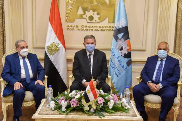 اتفاق وزيرا قطاع الأعمال والإنتاج الحربي ورئيس العربية للتصنيع علي دراسة الجدوي النهائية