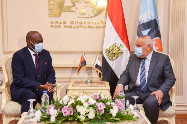 العربية للتصنيع تستقبل سفير جمهورية أنجولا الشقيقة