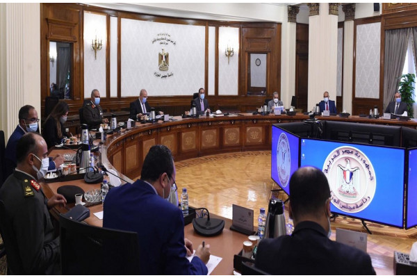 رئيس الوزراء يتابع إجراءات الشراء الموحد لمستلزمات المبادرة الرئاسية حياة كريمة لتطوير الريف