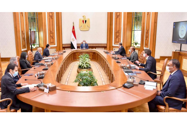 President El-Sisi meets with the head of the German company dmg mori