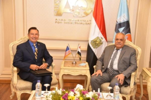 مباحثات الهيئة العربية للتصنيع مع وزير مفوض الشئون التجارية الأمريكي