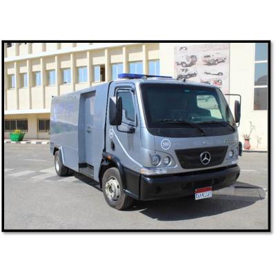 سيارة نقل الأموال علي شاسيه مرسيدس Accelo-915 ذات مستوى حماية B6